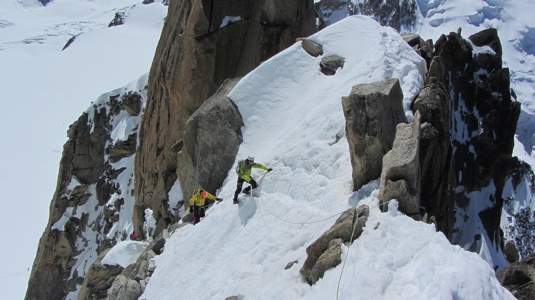 Traversée des arêtes des Cosmiques massif du Mont Blanc